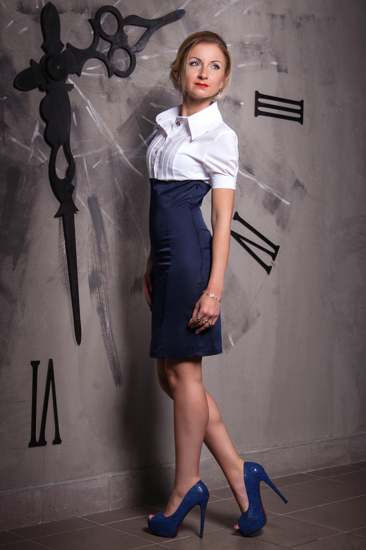 Платье белый верх и синий низ